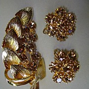 VINTAGE Golden Rhinestone Brooch and Earrings
