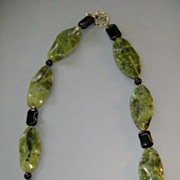 VINTAGE Jadite and Onyx Necklace 21 inches  Very Cold-