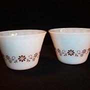 (2) Dynaware Brown Daisy Pattern 5 oz Custard Cups