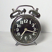 Vintage Twin Bell Wind Up Alarm Clock