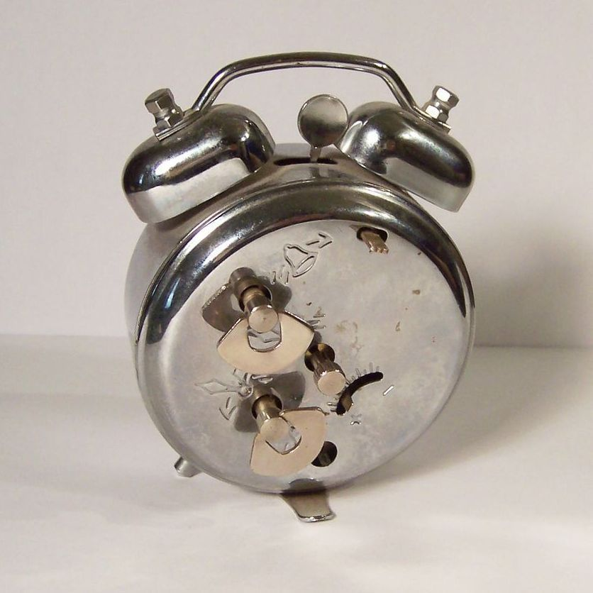 Vintage Twin Bell Wind Up Alarm Clock from ruthsredemptions on Ruby ...