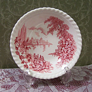 "Johnson Brothers: ""Castle on the Lake"" Fruit / Berry Bowl"