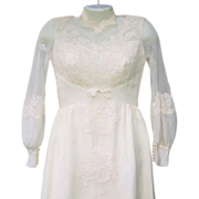 Vintage Early to Mid-Century Taffeta & Lace Wedding Gown (Small Size)