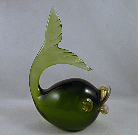 Fratelli Toso Murano Glass Green Fish with Gold