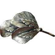 signed Botticelli silver -Pin