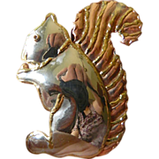 Large-Squirrel-pin and pendant