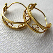 UNO A ERRE  18K Yellow Gold Filigree Hoop Earrings