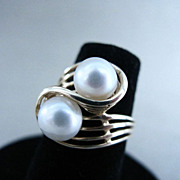 14K Yellow Gold Cultured Pearl Ring Size 5