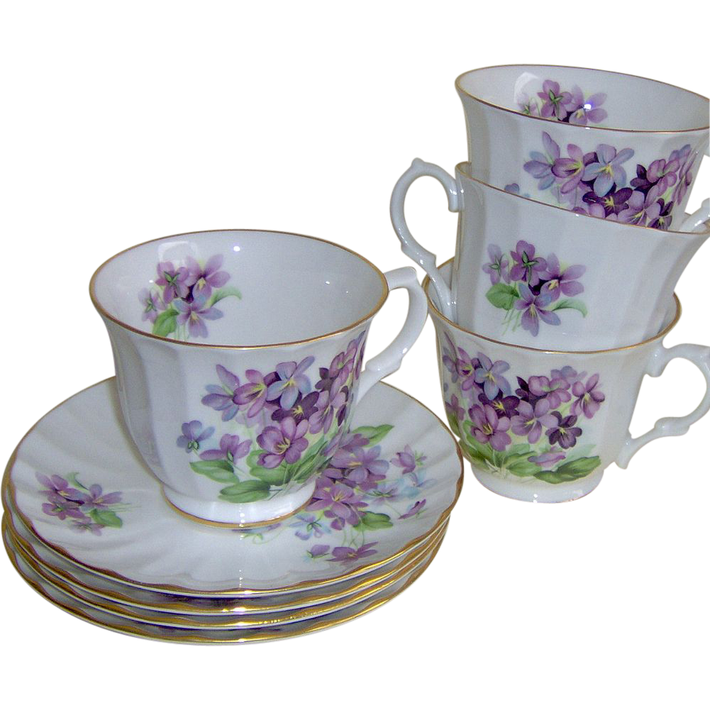 4 Cups & Saucers - Golden Crown E&R - England