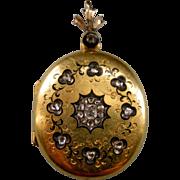 A Victorian 18ct Gold Diamond Set Mourning Locket. Circa 1855.