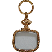 A Georgian Gold Cased Quizzing Glass. Circa 1825.