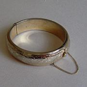 Gold-Toned Floral Print Formed Bracelet