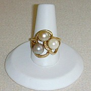 14 Karat Gold and Tri-Colored Cultured Pearl Ring