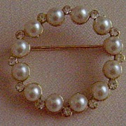 Gold-Tone and Simulated Pearl Pin