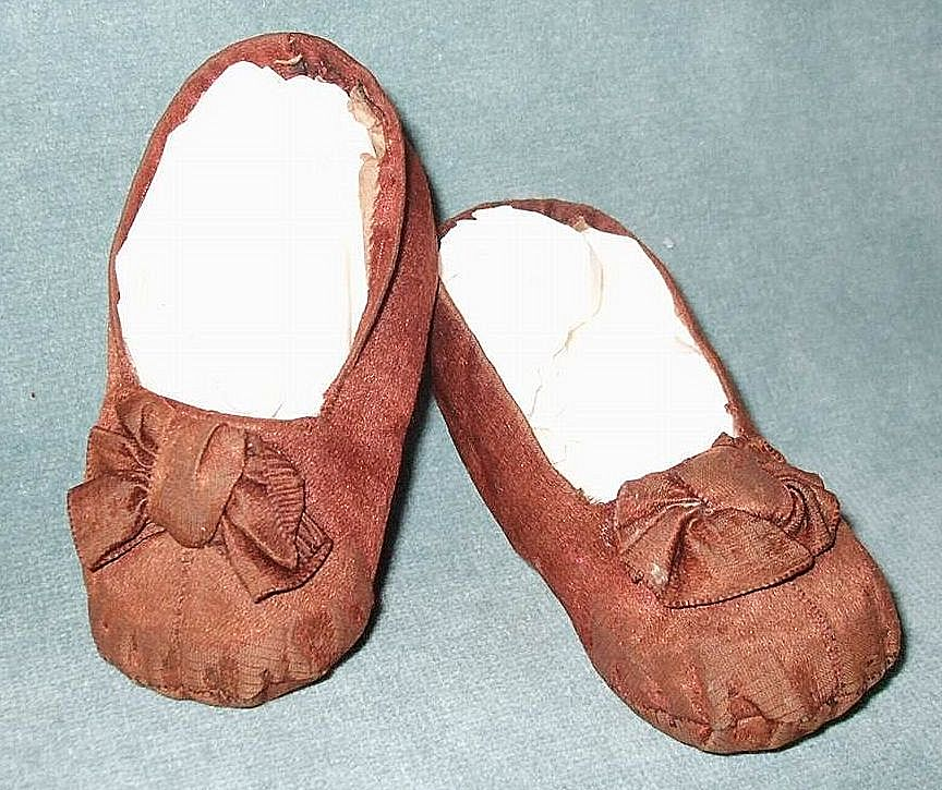 Darling Baby Doll Shoes With Bows