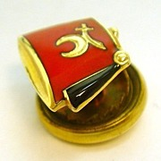 Vintage 14K Gold Red Enamel Shriners Hat Lapel Pin