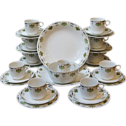 REDUCED Alfred Meakin Ironstone Tea/Coffee Service For 10, English.