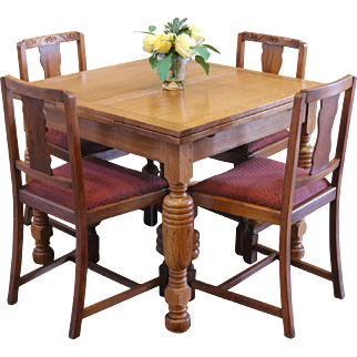 Antique English Oak Pub Table and 4 Chairs Dining Set.