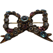 Vintage Hobe Early Bow Pin With Paste Unbacked Crystals
