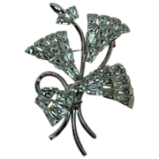 Vintage Star-Art Sterling Clear Stone Pin
