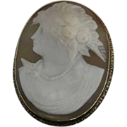 Carved Shell Cameo Pin/Pendant in 14K Yellow Gold Frame