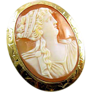 Antique Victorian gold cameo brooch pin