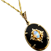 Vintage estate 14k gold opal onyx pendant necklace  #5907