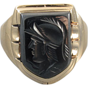 Mans vintage Art Deco 10k gold hematite intaglio shield ring signed Helm & Hahn