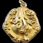 Antique Victorian Art Nouveau 10k gold clam shell diamond locket pendant necklace