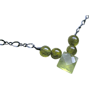 Prehnite Vessonite Camp Sundance vintage look Silver necklace