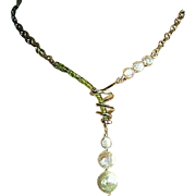 SOLD Peridot Silver necklace, Silver Lariat, bridal Pearls, Pearls and Peridot, Silver spiral