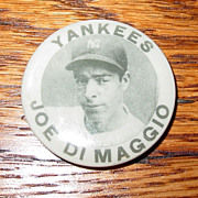 Vintage Joe DiMaggio photo pinback Yankees