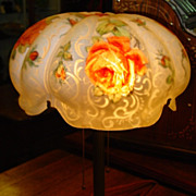 Signed Pairpoint Puffy lamp---red roses
