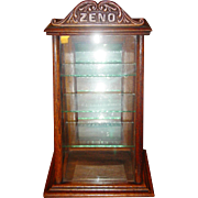 Neat oak ZENO chewing gum table display case