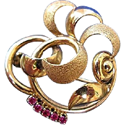 Elegant 18Kt Yellow Gold & Ruby Stylized Swirl Floral Brooch