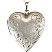 Pansy Etched Heart Locket Pendant 585 14k Gold Four Photo Locket Heart Necklace