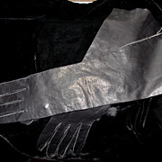 "Black Leather 15"" Gloves 7 1/2"