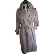 Ladies London Fog Trench Coat  6 petite
