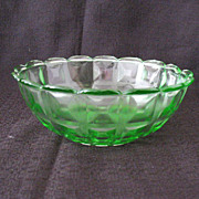 Vintage Collectible Westmoreland Specialty Co 1924 Transparent Green Bowl Reeded Waffle/Berlin Pattern Excellent Vintage Condition