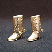 Vintage Collectible S&P Shakers in Shape of Cowboy Boots with A Gold Wash over Pot Metal