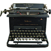 Vintage 1930s L.C. Smith & Corona Typewriter Good Condition