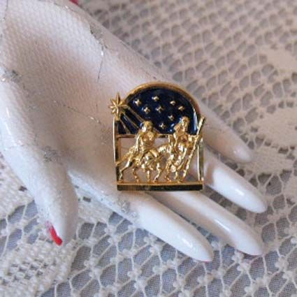50% OFF~Rare Vintage Signed Avon Mary Joseph Christmas Push Pin Brooch