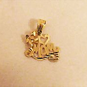 SALE Gorgeous 14k Gold Angel Heart 'Mom' Charm
