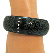 Awesome Vintage Bold Silver Black Etched Resin Magnetic Bracelet