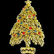 Vintage Signed Art Designed Christmas Tree Pin