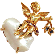 SALE 14K Winged Angel Sitting on a Pearl Cloud with Stars! Looks Like Ruser Pin ...