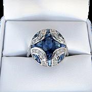 Beautiful Lady's Vintage Custom 18K Sapphire & Diamond Ring