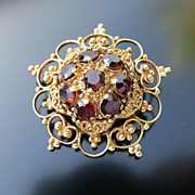 Ladys Vintage 14K Ornate Garnet Brooch / Pendant