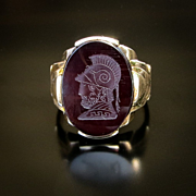 Vintage Circa 1930's Gent's 10K Onyx Ring With Knights Head