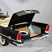 SOLD Franklin Mint 1957 Chrysler 300C Convertible